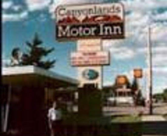 Canyonlands Motor Inn Thumbnail