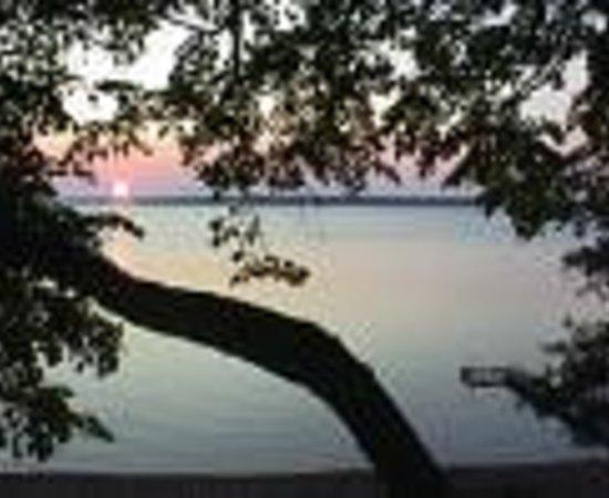 Lykins Pinehurst Resort Thumbnail