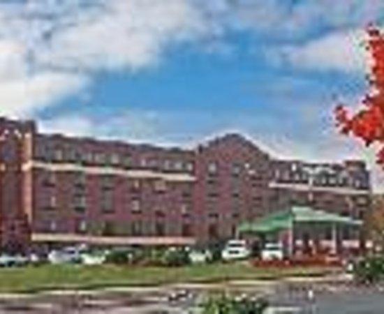 Comfort Suites Biltmore Square Mall Thumbnail