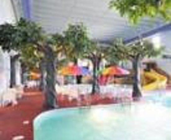 Comfort Inn Sheperdsville - Louisville South: Comfort Inn Pirate's Bay Indoor Water Park Thumbnail