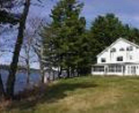 Wolf Cove Inn Thumbnail