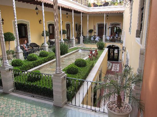 Villa Maria Cristina Relais & Chateaux: Looks better in person