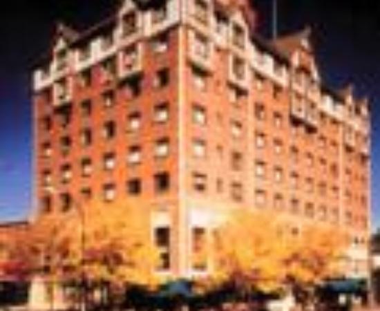 Hotel Alex Johnson Rapid City, Curio Collection by Hilton: The Hotel Alex Johnson, an Ascend Collection hotel Thumbnail