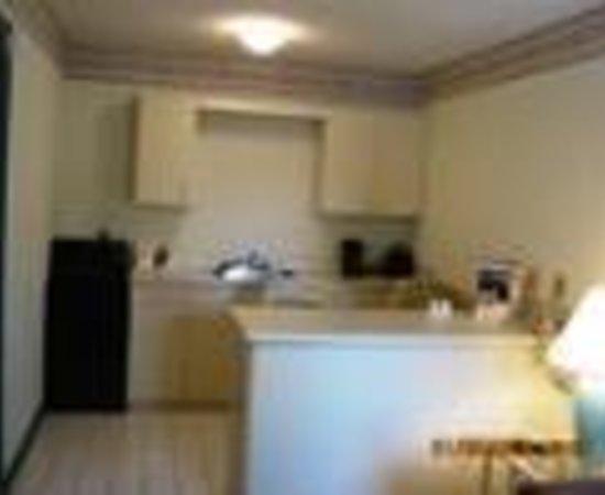 Rodeway Inn & Suites Thumbnail