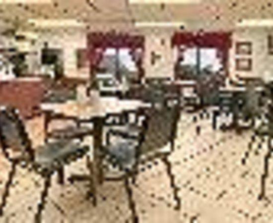 @ Michigan Inn & Lodge: Days Inn Petoskey Thumbnail