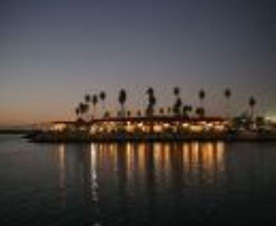 Oceanside Marina Suites Thumbnail