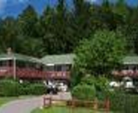 Season's Pass Inn Thumbnail