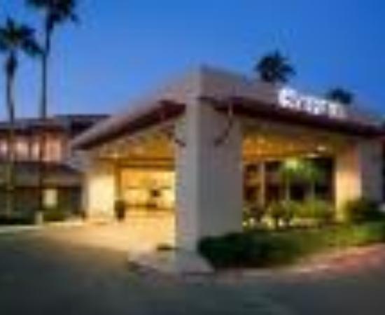 Sheraton Phoenix Airport Hotel Tempe Thumbnail