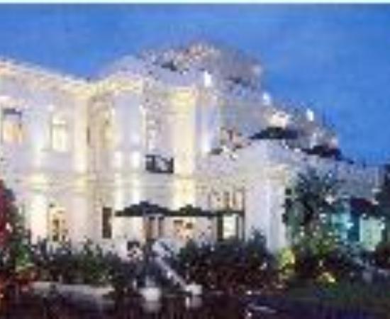 Glorietta Bay Inn Thumbnail