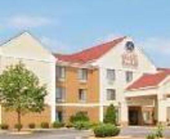 Comfort Suites Hotel - Lansing: Comfort Suites Thumbnail
