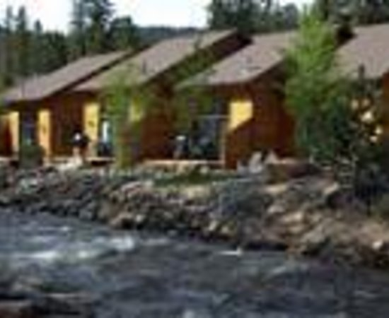 River Stone Resort and Bear Paw Suites: River Stone Resorts Thumbnail
