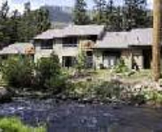 River Stone Resort and Bear Paw Suites: Bear Paw Suites Thumbnail