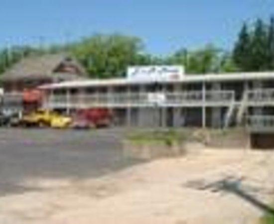 L & M Motel Thumbnail