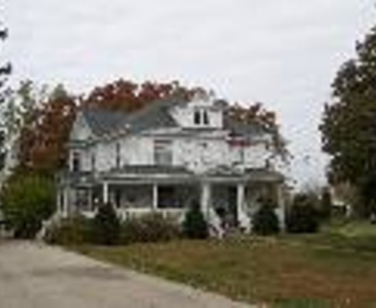 Lindsay House Bed and Breakfast Thumbnail