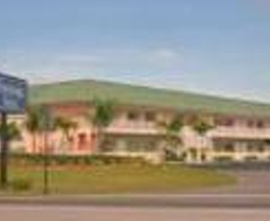 Travelodge Suites Lake Okeechobee : Travelodge Suites Okeechobee Thumbnail