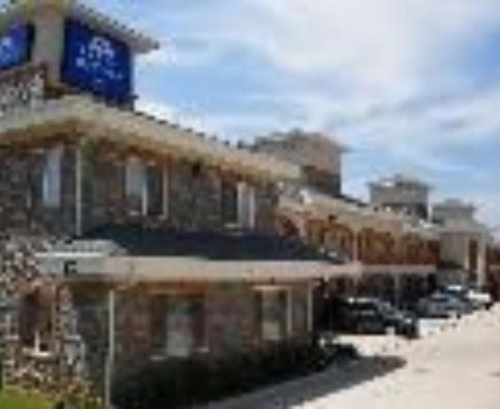 Americas Best Value Inn - Bedford / DFW Airport: Americas Best Value Inn-Bedford/DFW Airport Thumbnail
