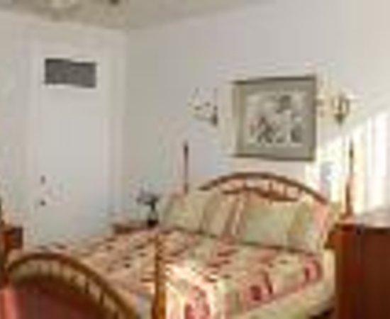 Cardozo Guest House Thumbnail