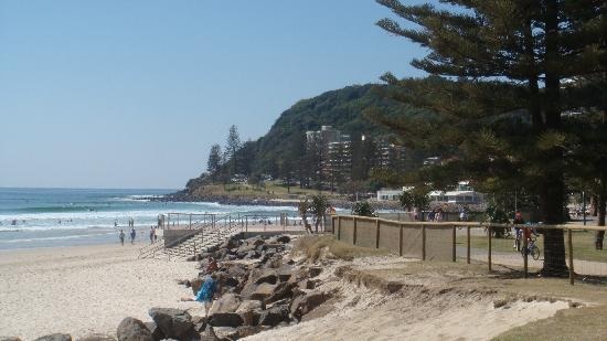 Burleigh Heads, ออสเตรเลีย: Locals and tourists love the Park