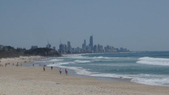 Burleigh Heads, Australia: Towards Surfers Paradise