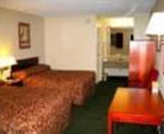 Days Inn Cleveland Airport South Thumbnail
