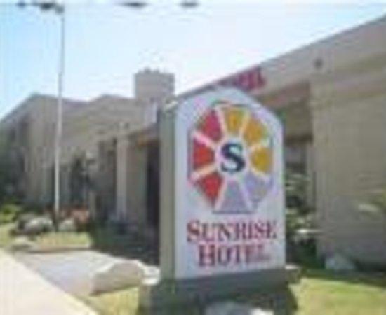 Sunrise Hotel San Pedro Thumbnail