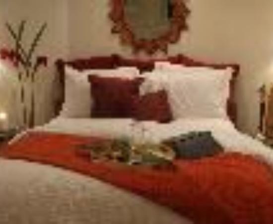 Casa Tropicana Inn Thumbnail