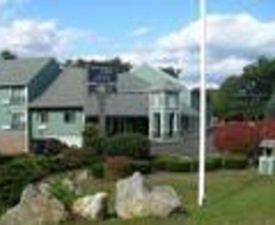 Hampshire Inn Conference Center Thumbnail