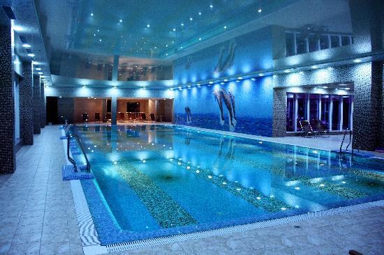 Grand Marine: Indoor swimming pool