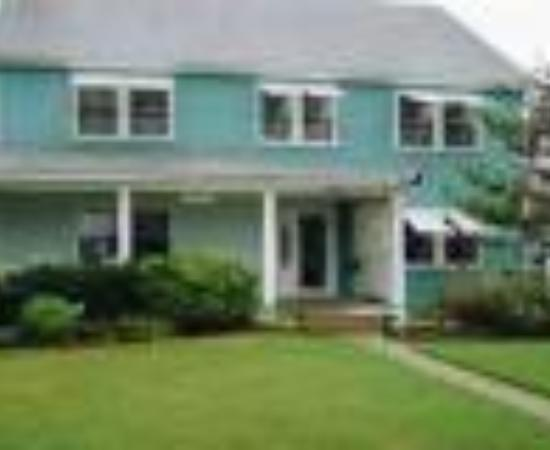 Cypress House Inn: Cypress House Bed and Breakfast Thumbnail