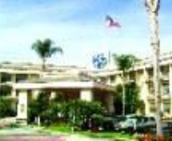 Hilltop Suites Hotel : Shilo Inn Suites Hotel Pomona Hilltop Thumbnail