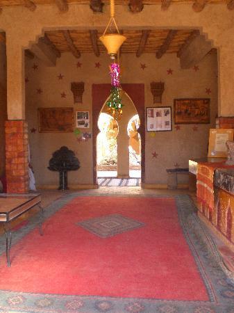 Auberge Chez Tihri 'Suerte Loca': Recibidor