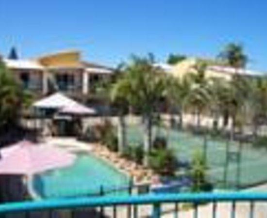 Coolum Beach Getaway Resort Thumbnail