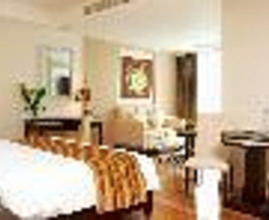Adelphi Grande Bangkok by Compass Hospitality: Adelphi Grande Bangkok Thumbnail
