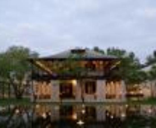 Anantara Chiang Mai Resort: The Chedi Chiang Mai Thumbnail