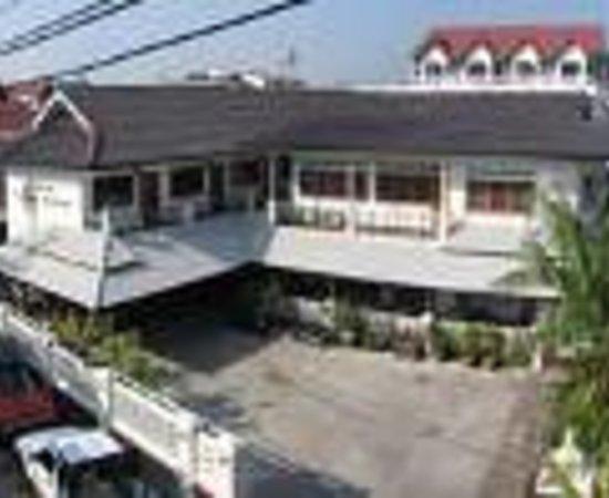 Tri Gong Residence Thumbnail
