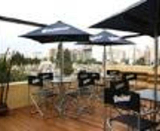 Trip recoleta hostel buenos aires argentina 11 avalia es for Casa jardin hostel buenos aires