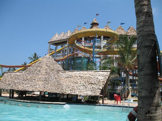 Kunduchi Beach Hotel and Resort: Water park