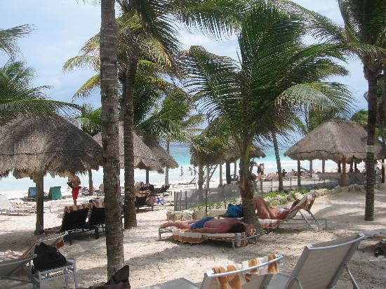 Catalonia Royal Tulum: Private beach