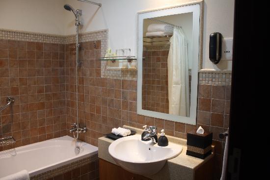 Emirates Grand Hotel: one bedroom apartment 6