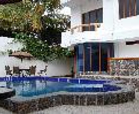 Galapagos Islands Hotel: Casa Natura Thumbnail