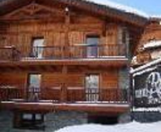 Hotel meuble mon reve breuil cervinia italy updated for Hotel meuble giongo
