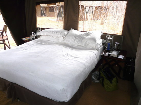 andBeyond Chobe Under Canvas: bequeme Betten