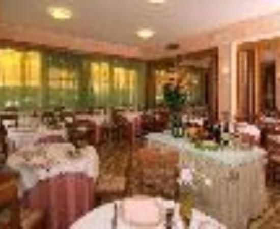 هوتل تري ستيل: Hotel Tre Stelle Thumbnail