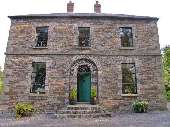 Knockrue House Bed & Breakfast: beautiful knockrue home