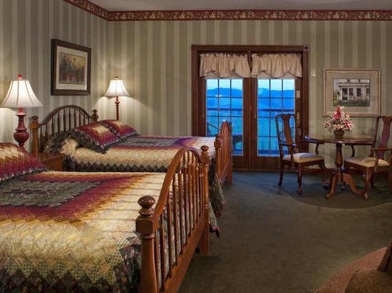 Walnut Creek, OH: Charming Standard Room with Two Queen Beds