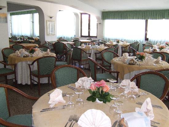 Hotel Residence Pompeo: Restaurant