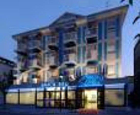 Hotel Athena Thumbnail