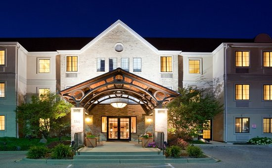 Staybridge Suites Madison East: Exterior