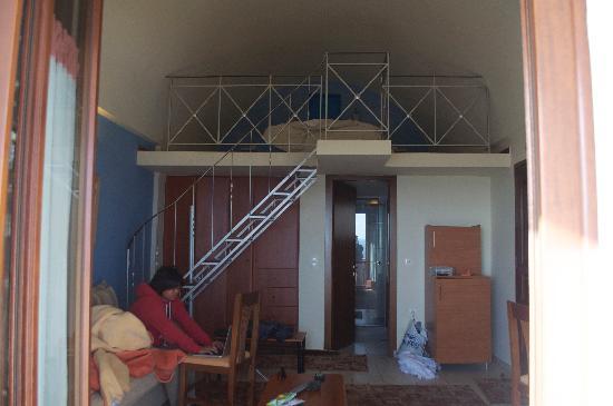 Amerisa Suites: Living space*