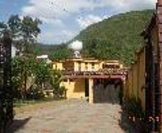 Refugio del Raizal Thumbnail